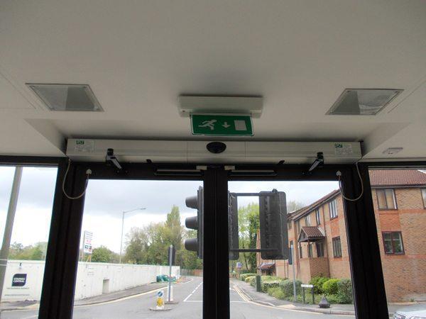 automatic_door_20121105_1951557714